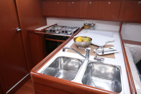Moorings M37.2 Galley
