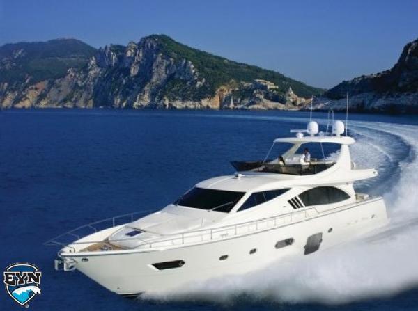 Ferretti Yachts 750 Ferretti Yachts 750