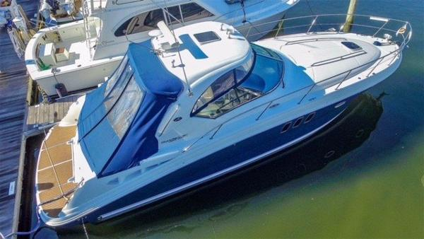 Sea Ray 390 Sundancer Main Profile