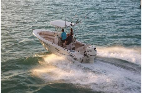 Sea Chaser 24 HFC