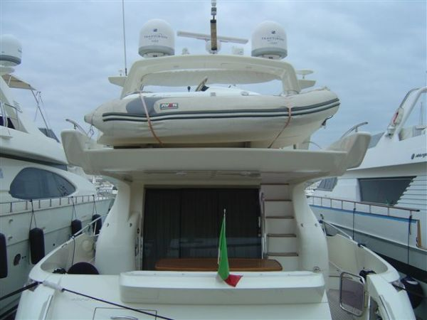 Azimut 68E Photo 1