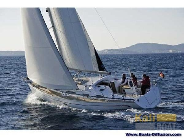 Bavaria 38 Cruiser Picture 1
