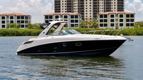 Sea Ray 310 Sundancer Profile