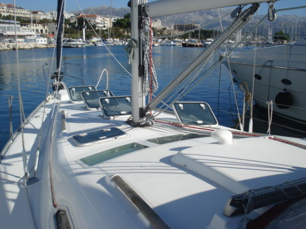 Beneteau Oceanis Clipper 411 Photo 1