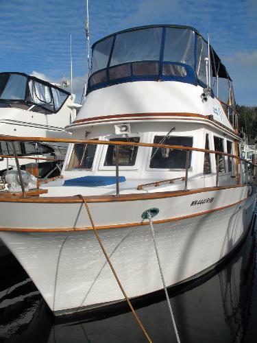 Chb Tri-Cabin Trawler