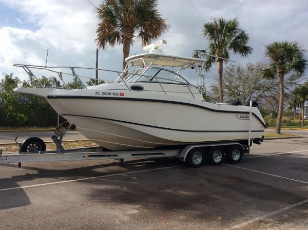 Boston Whaler 255 Conquest