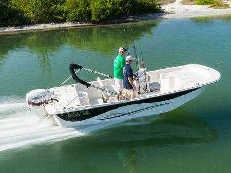 Modestile absolut stilvoll angemessener Preis 2019 Carolina Skiff 218 DLV, Reedville United States - boats.com
