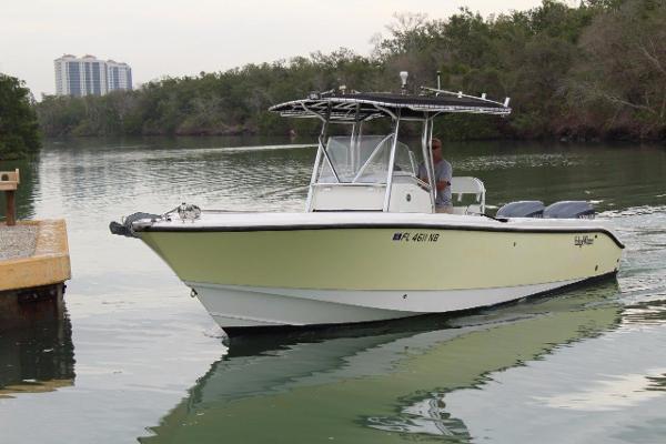 Edgewater 265CC