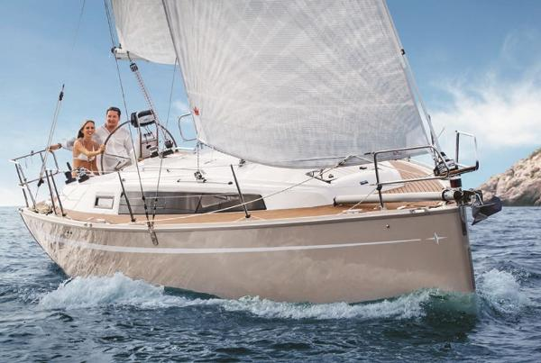 Bavaria Cruiser 34 Bavaria Cruiser 34 Manufacturer Provided Image