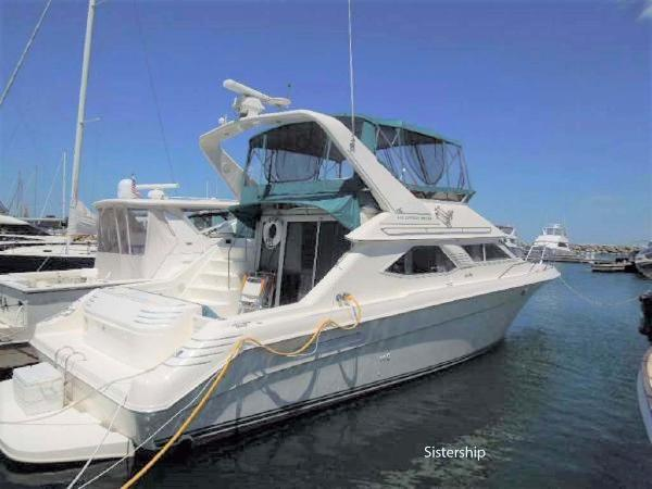 Sea Ray 440 Express Bridge Profile- Sistership