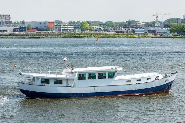 Woonschip 23m