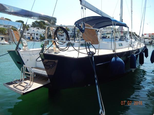 Beneteau 57 Moored up