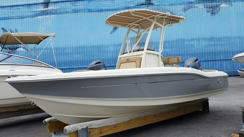Scout Boat Company 210 XSF