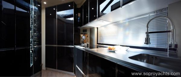 Galley - Sessa C68 Yacht Line