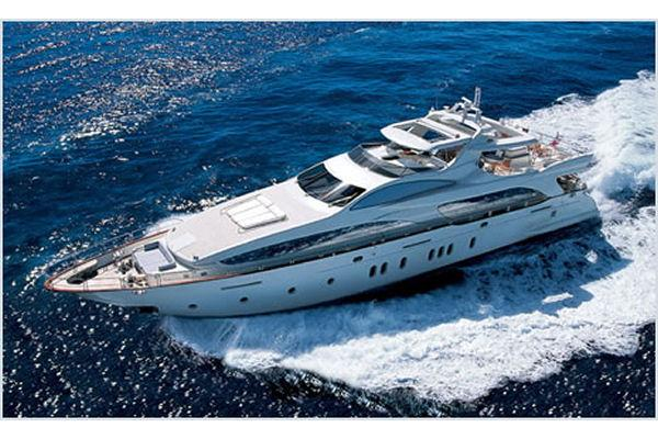Azimut Grande 116 Energetic and powerful yacht