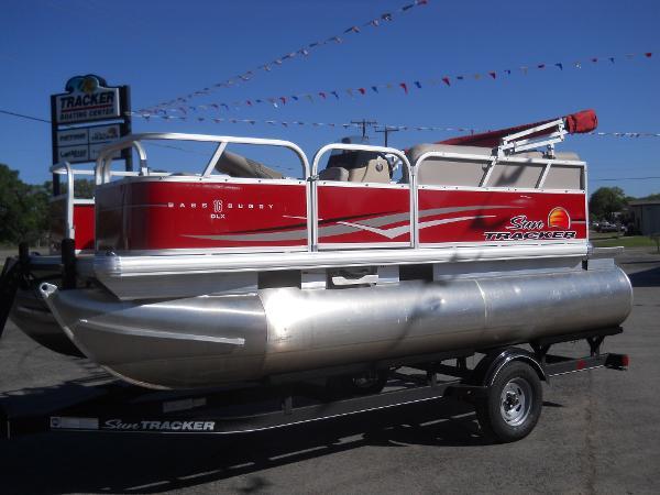 Sun Tracker Bass Buggy 16 DLX ET