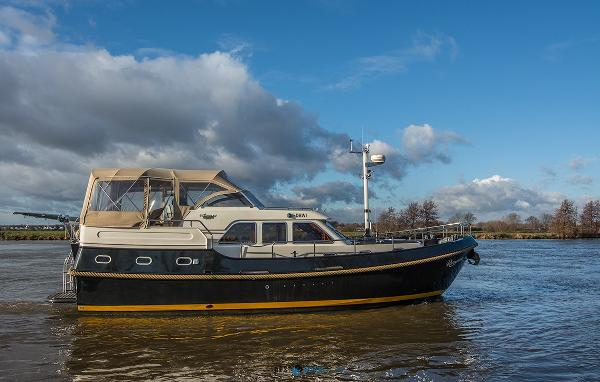Linssen Grand Sturdy 410 AC Twin