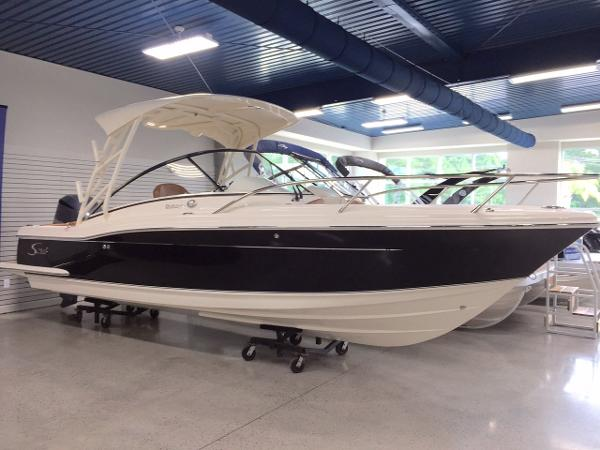 Scout Boats 245 Dorado