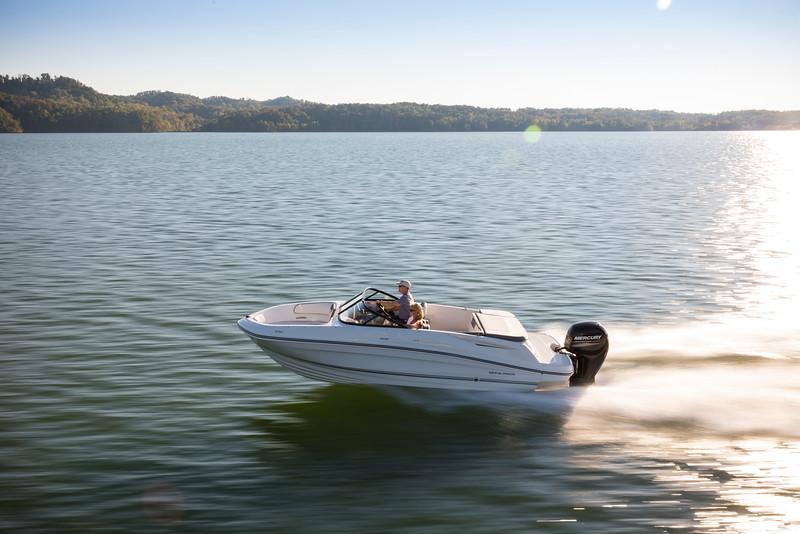 Bayliner Bowrider VR5