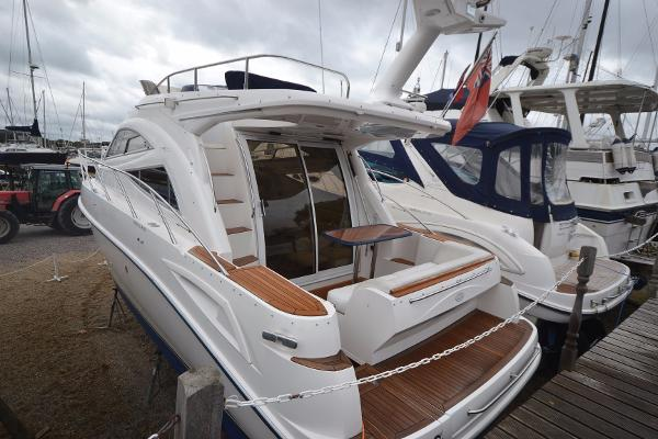 Sealine F34 Main picture