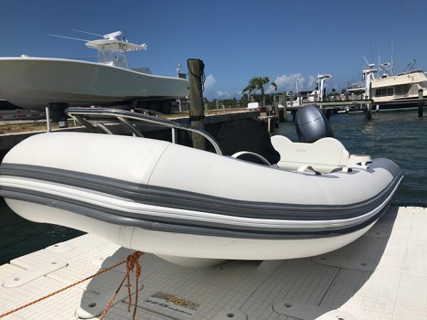 Zodiac Yachtline 470