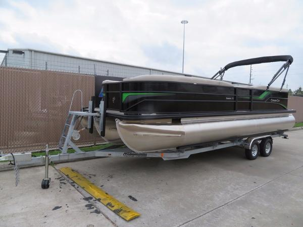 "CYPRESS CAY PONTOONS 253 CWEB ""Bar"" 200hp"