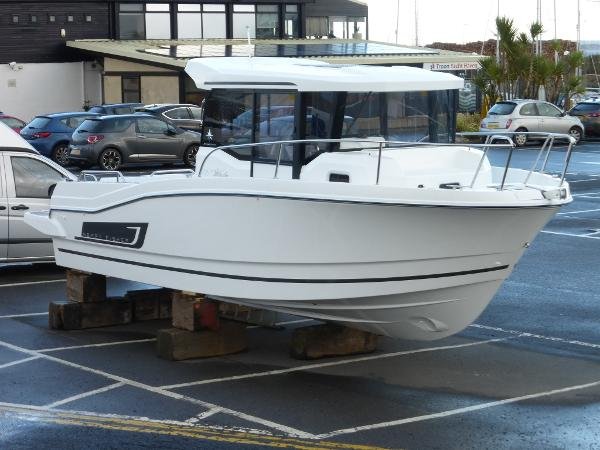 Jeanneau Merry Fisher 795 Marlin Jeanneau Merry Fisher 795 Marlin