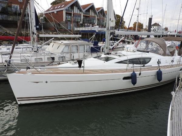 Jeanneau Sun Odyssey  42 DS Jeanneau Sun Odyssey 42 DS - AIRA