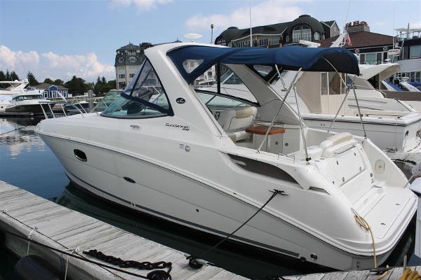 Sea Ray 310 Sundancer Port Side at Dock