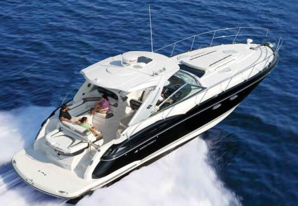 Monterey 415 Sport Yacht Manufacturer Provided Image