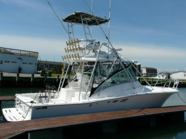 Luhrs 32 Open Starboard Profile