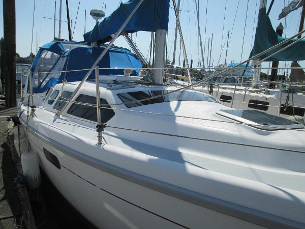 Hunter 310 Bow