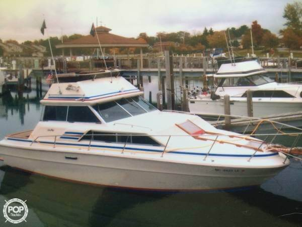 Sea Ray 300 Sedan Bridge 1980 Sea Ray 300 Sedan Bridge for sale in Kewadin, MI