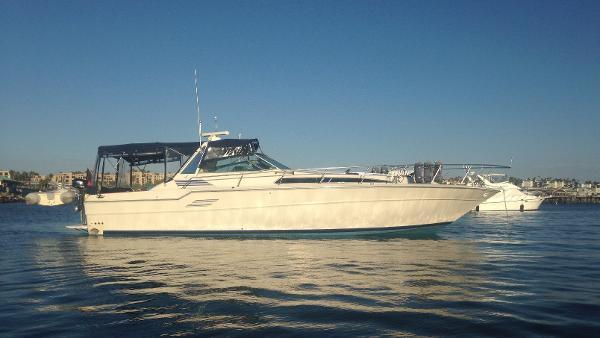 "Sea Ray Express Cruiser 46' Sea Ray Express ""SEA CREST"""