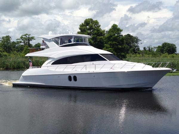 Hatteras 60 Motor Yacht Aunico 60MY Hatteras 2015