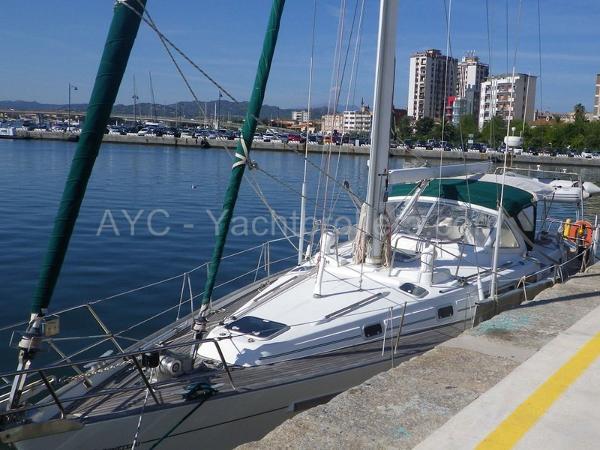 Beneteau Oceanis 44 CC AYC - OCEANIS 44 CC