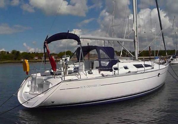 Jeanneau Sun Odyssey 37 JEANNEAU - SUN ODYSSEY 37 - exteriors