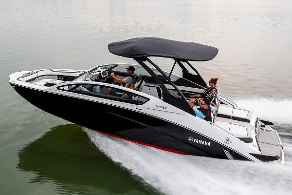 Yamaha Boats 275 SE Manufacturer Provided Image