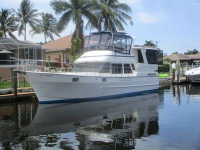 Novatec Sundeck 42' Novatec Trawler Port Profile