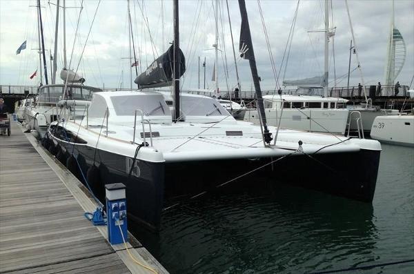 Broadblue Rapier 400 Grey Hull