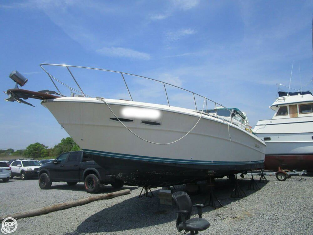 Sea Ray 390 Express Cruiser 1984 Sea Ray 390 Express for sale in Sayville, NY