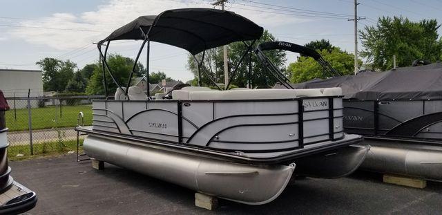 Sylvan Mirage Fish 8520 Cruise-n-Fish