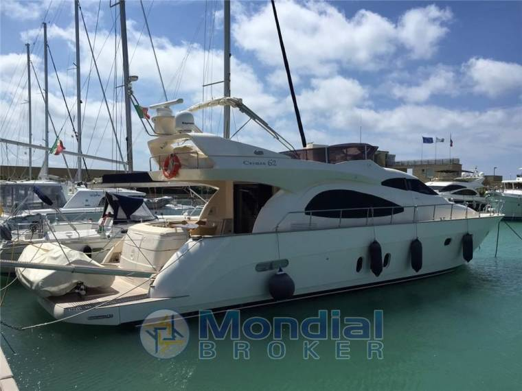 Cayman Yachts Cayman CAYMAN 62 fly