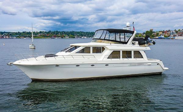 Navigator Pilothouse Motoryacht Port Side Profile