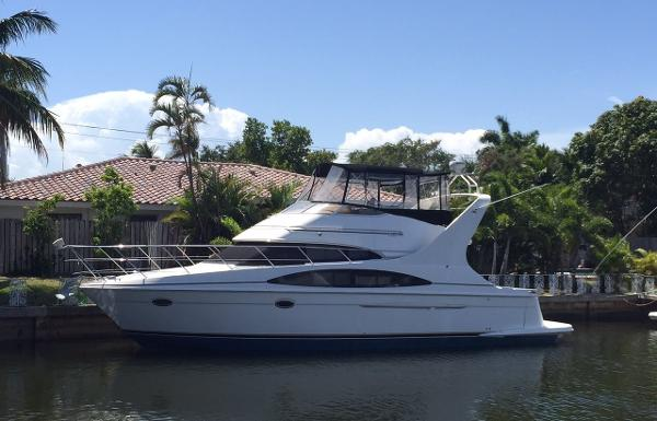 Carver 42 Motor Yacht Profile