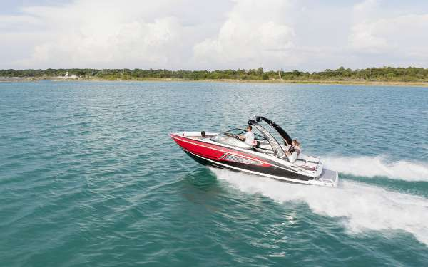 Regal 2300 RX Surf Bowrider
