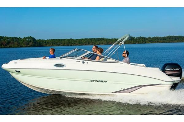 Stingray 214 LR Manufacturer Provided Image