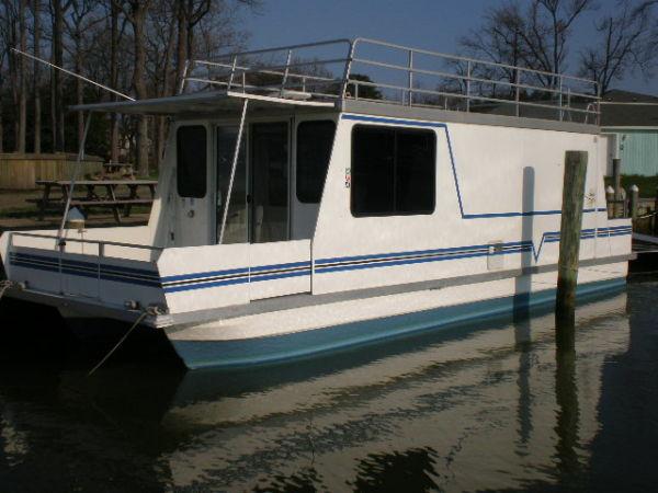 Catamaran Cruisers Vagabond 10x35 Photo 1