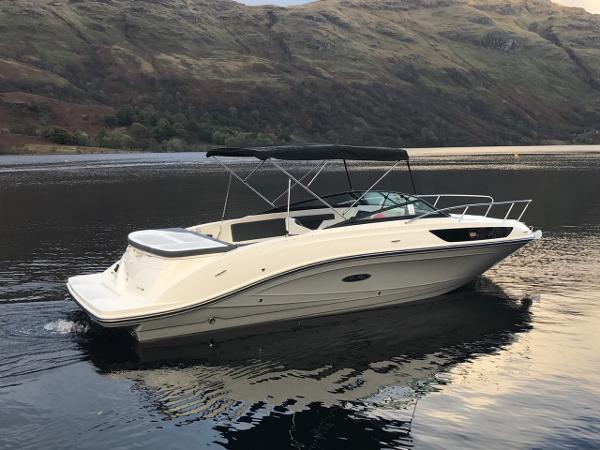 Sea Ray SSE 230