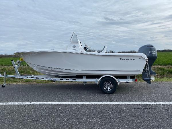 Tidewater 2020 198 CC Adventure